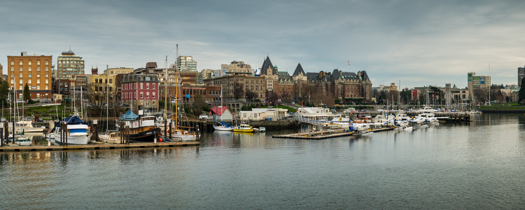 large format image of victoria harbour bc.