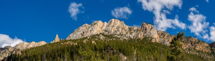 Rugged Mountains at pavilllion lake